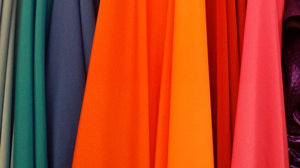 első randi ruha színek